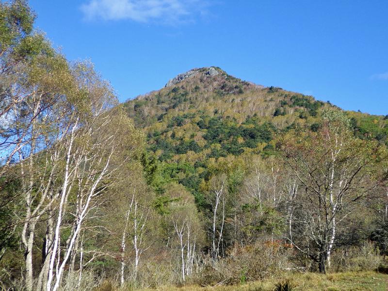 国師ヶ原から見た乾徳山