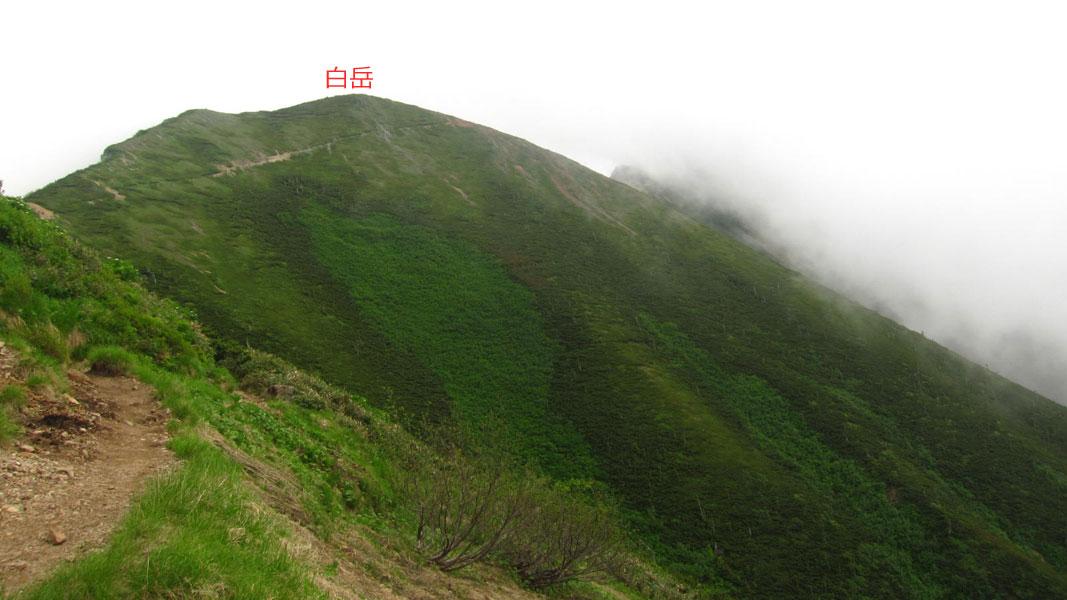 五竜山荘手前の白岳