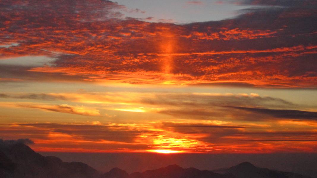 五竜山荘テン場からの夕日