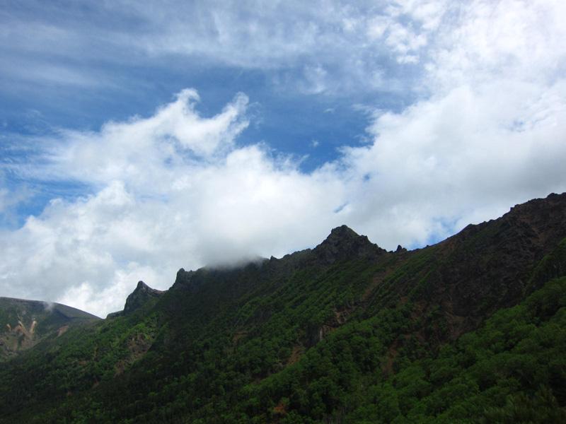 横岳の稜線