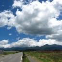 南諏訪ICの手前で南八ヶ岳を振り返る