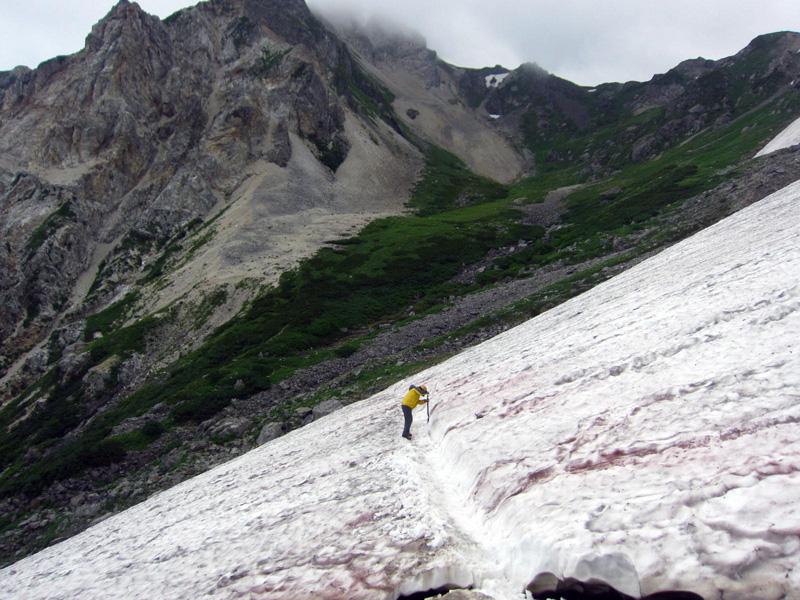 小雪渓のトラバース