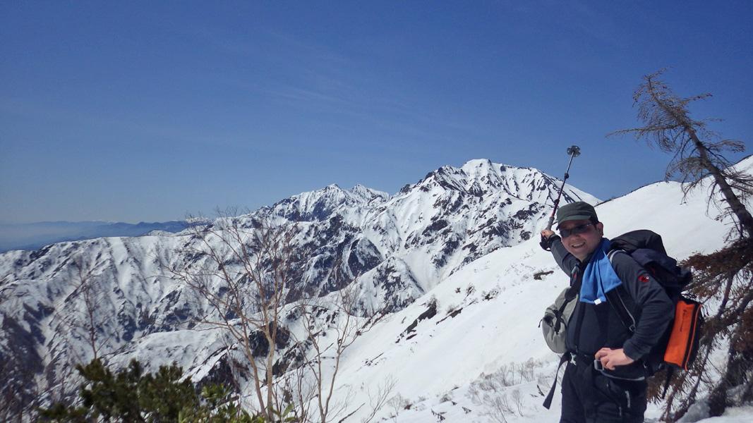 五竜岳と左奥の鹿島槍ヶ岳