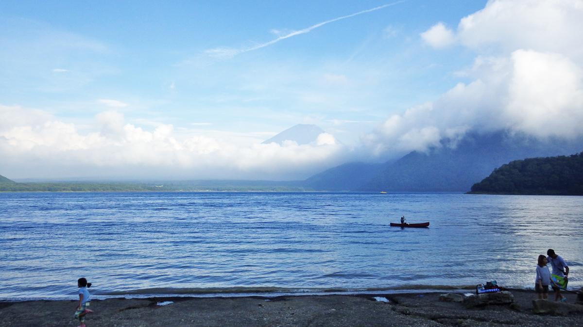 浩庵キャンプ場湖畔サイトからの眺め