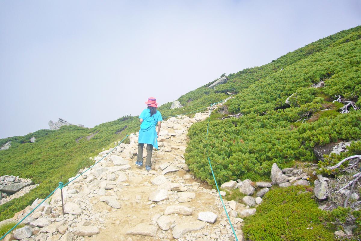 木曽駒山頂への登り