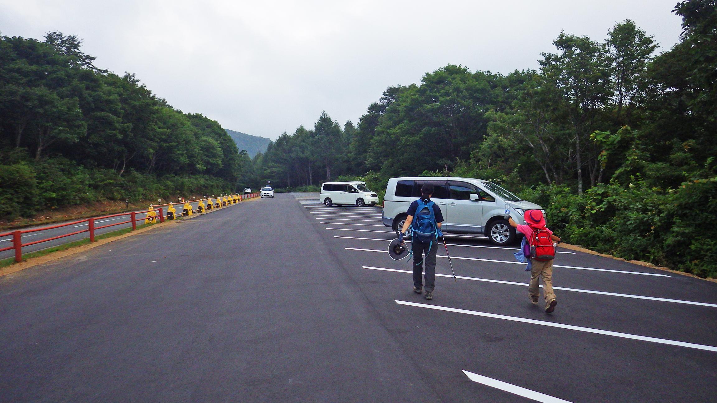 八方台登山口第2駐車場