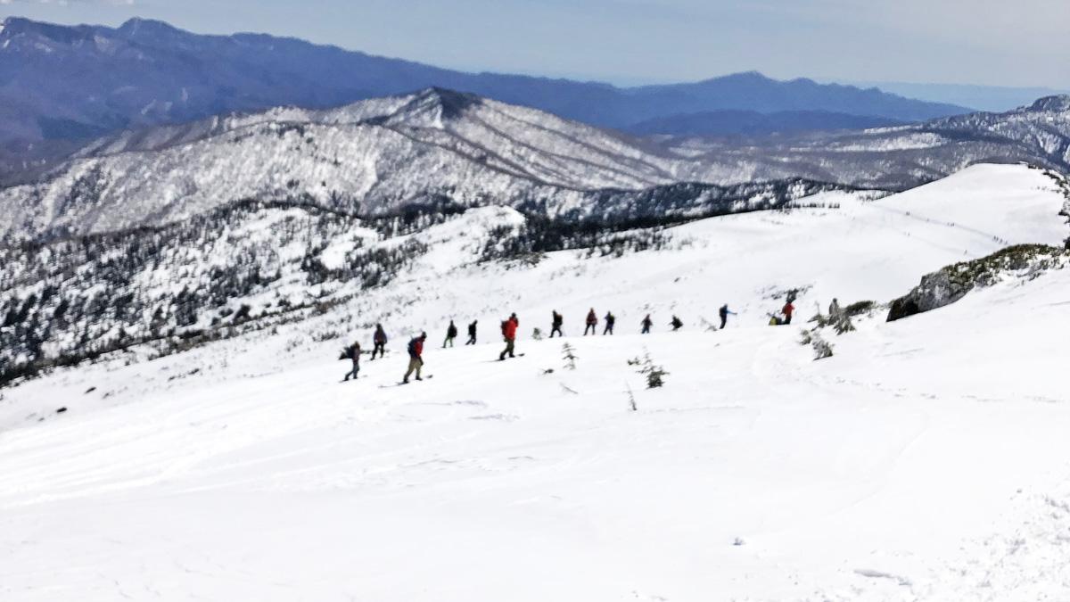 至仏山の春スキー