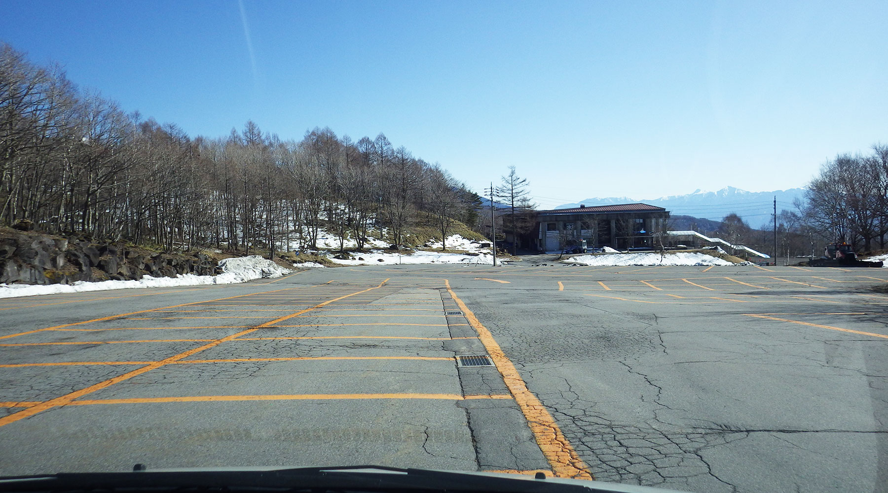 北八ヶ岳ロープウェイ駐車場