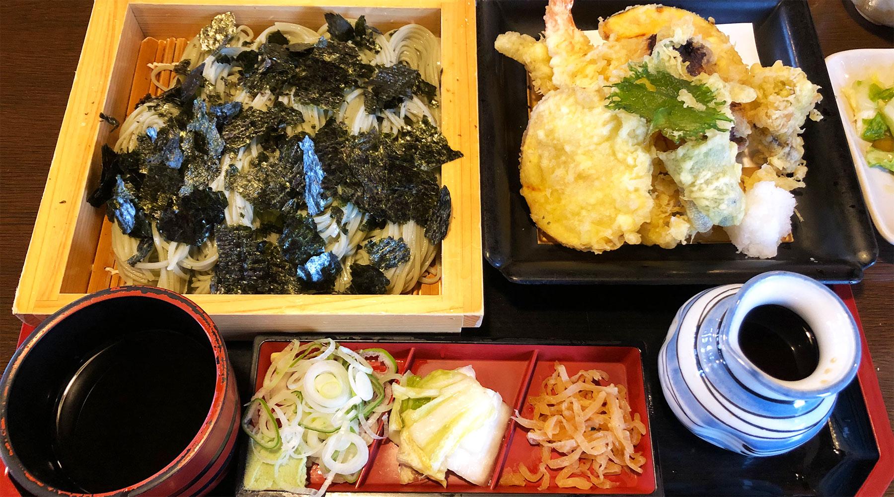 塩沢そば処田畑屋のへぎ蕎麦と天ぷら