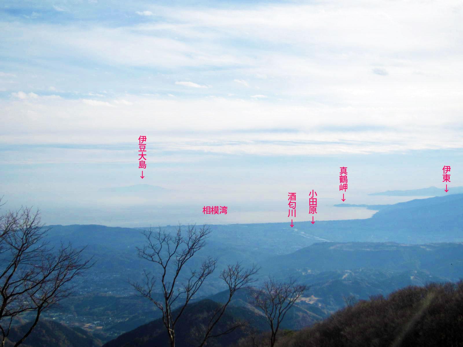 鍋割山から見た小田原方面