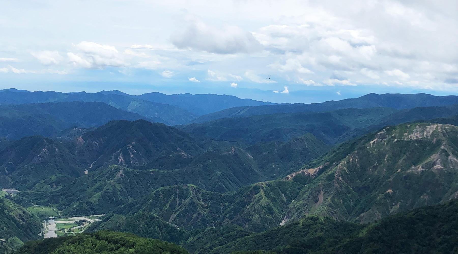 社山の南側