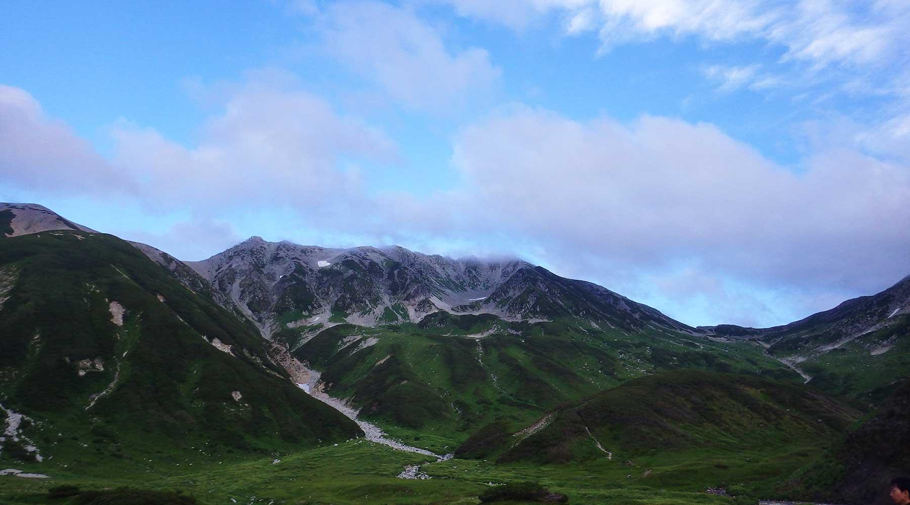 雷鳥沢キャンプ場から見た立山