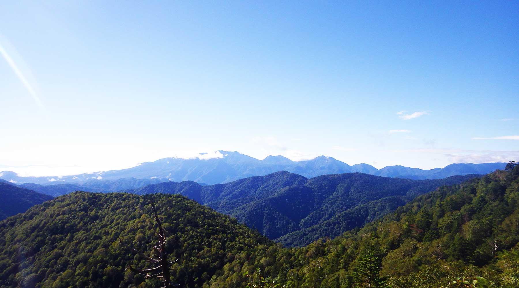 田代山から見た日光連山