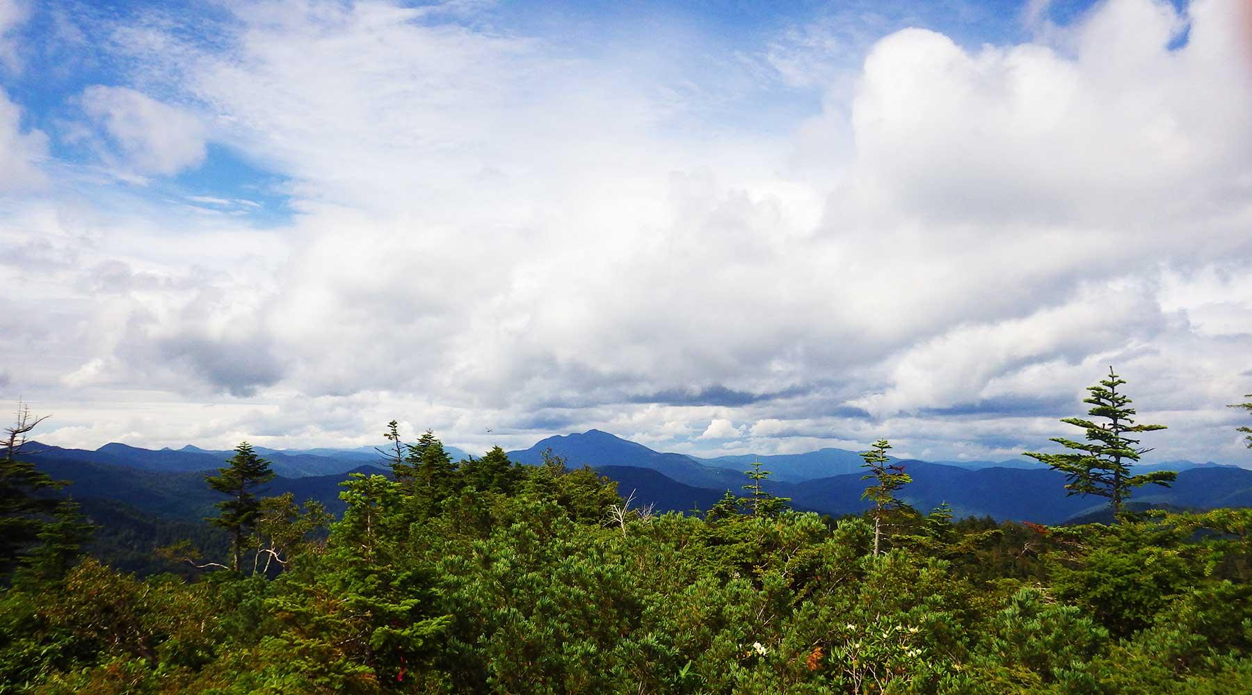 帝釈山から見た燧ヶ岳