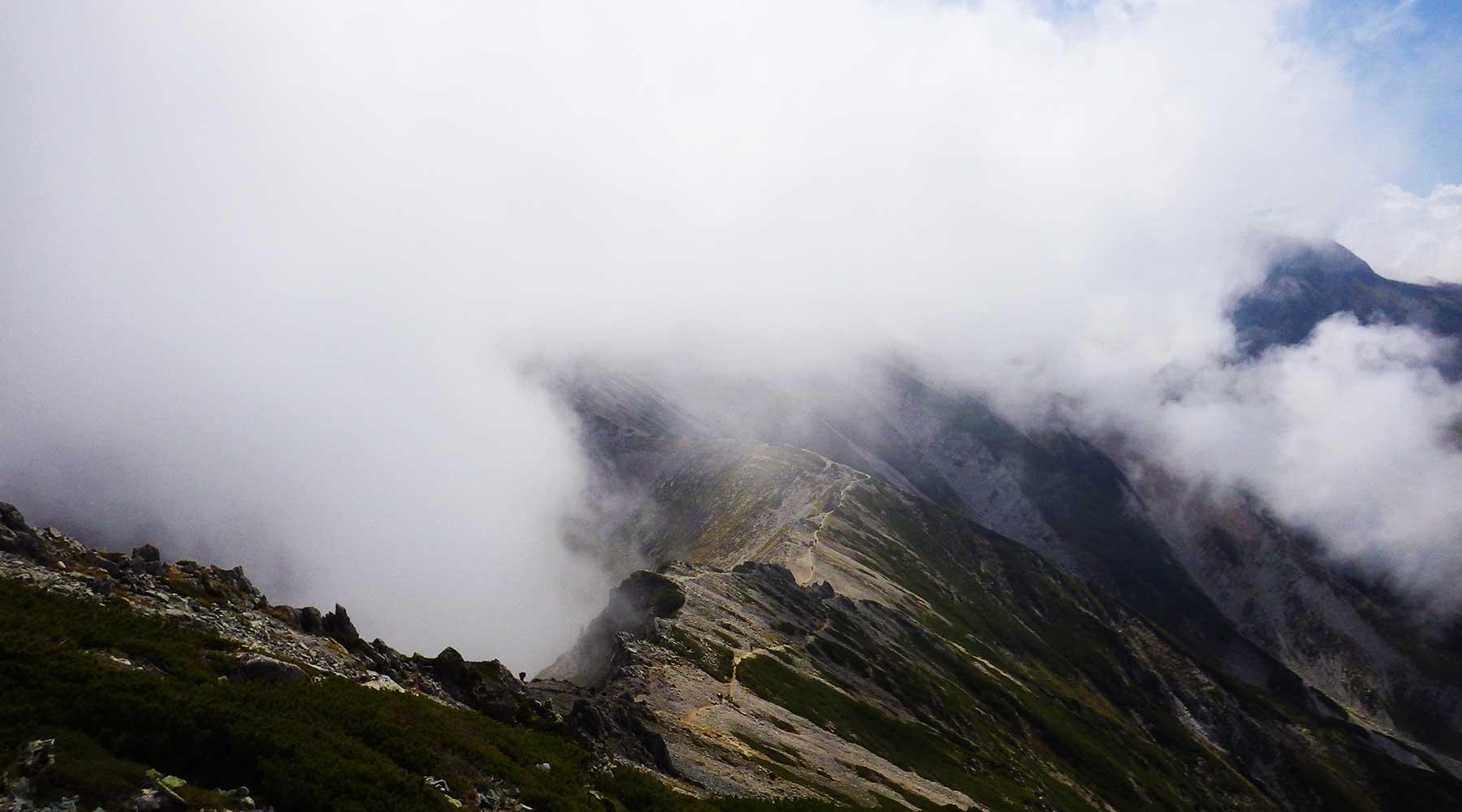 別山から立山を振り返る