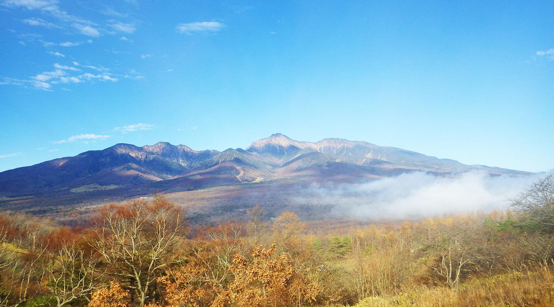 飯盛山・平沢峠登山口から見た南八ヶ岳