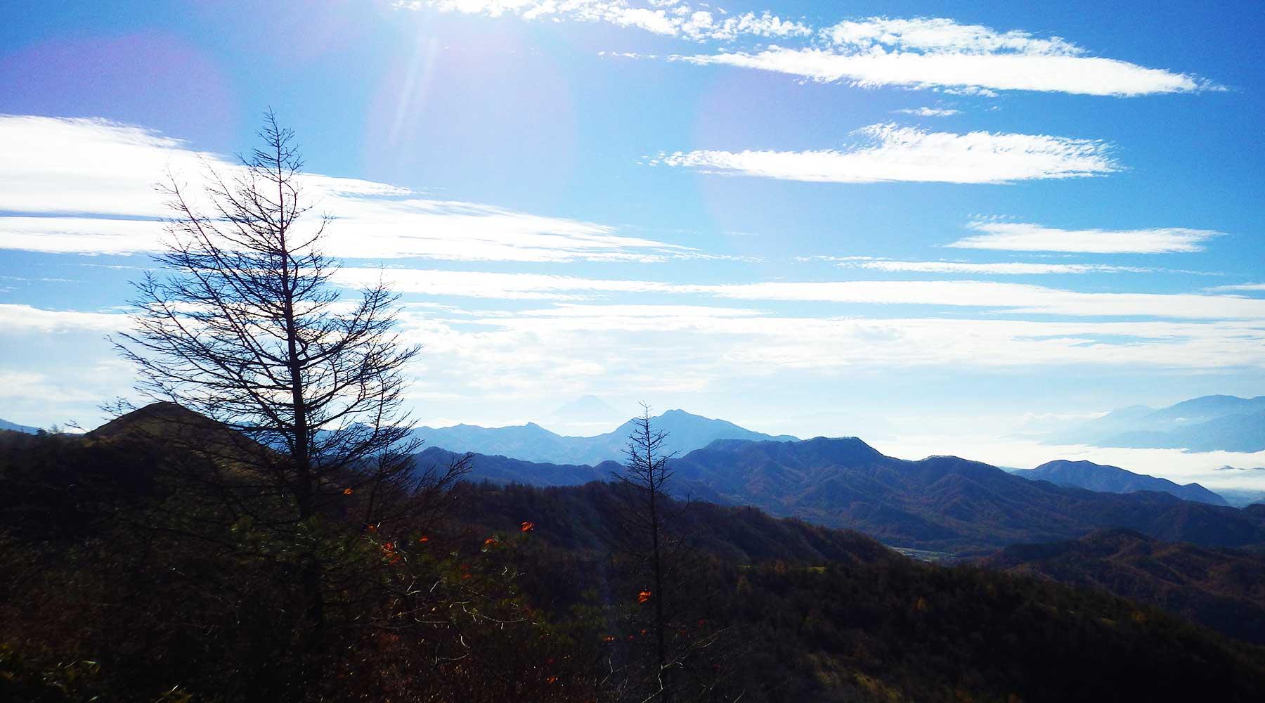 飯盛山からの富士山方面
